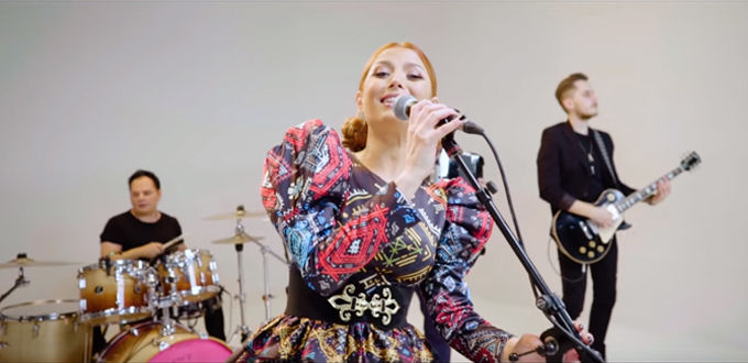 elena-gheorghe-luna-alba-radio-focusfm